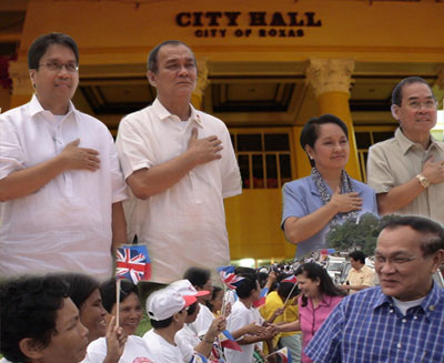 Sen. Mar A. Roxas, Mayor Vicente Bermejo, Pres. Gloria Macapagal Arroyo and 1st District Congressman Antonio Del Rosario
